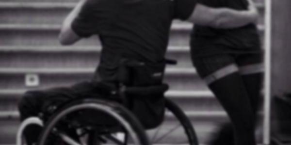 Amor-e-sexo,-com-e-sem-rodas-amigos-cadeirantes