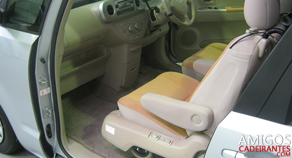 _0003_carro-adaptado-para-cadeirante
