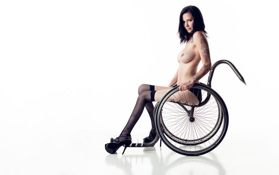 mulher-cadeirante-ft8